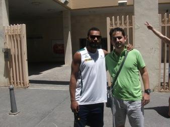 Con Patrick Mills (concentración de Australia en Málaga)