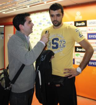 Con Krunoslav Simon (partido Unicaja-FCB)